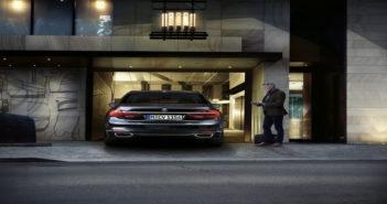 BMW auto parking