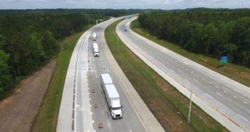 Volvo truck platooning