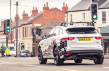 Jaguar Land Rover unveils technology to help drivers avoid red traffic lights