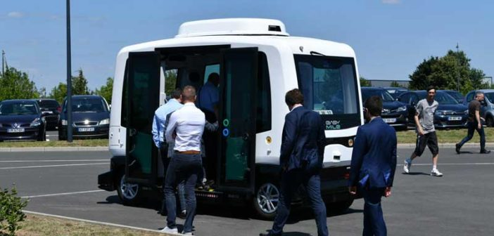 EasyMile successfully operates fully driverless shuttle for its employees